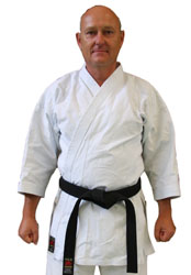 Paul Jiru (4. Dan DKV) Trainer Karate München