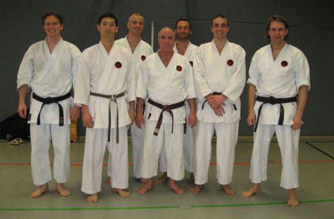 Sensei Nakamura mit den Siemens Ost Karatekas