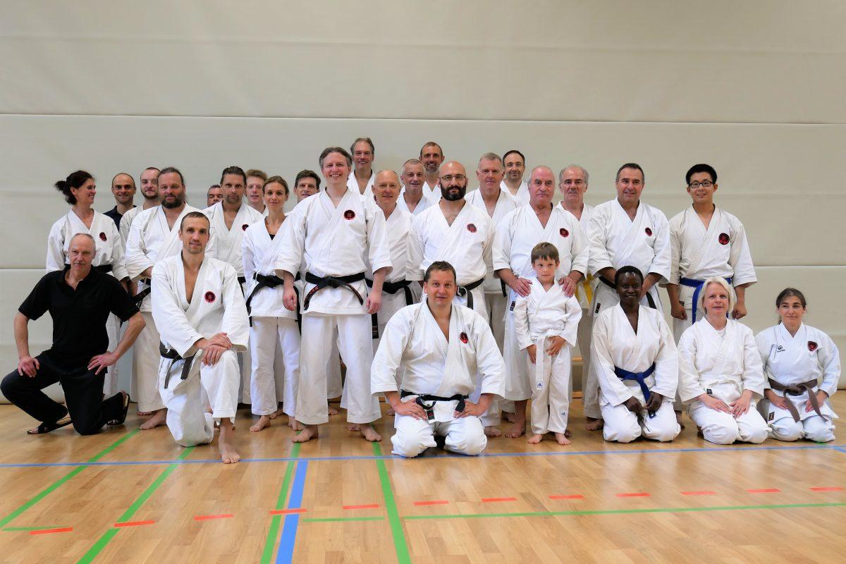 Lehrgang und Feier zu 25 Jahre Traditionelles Karate bei SG Siemens München