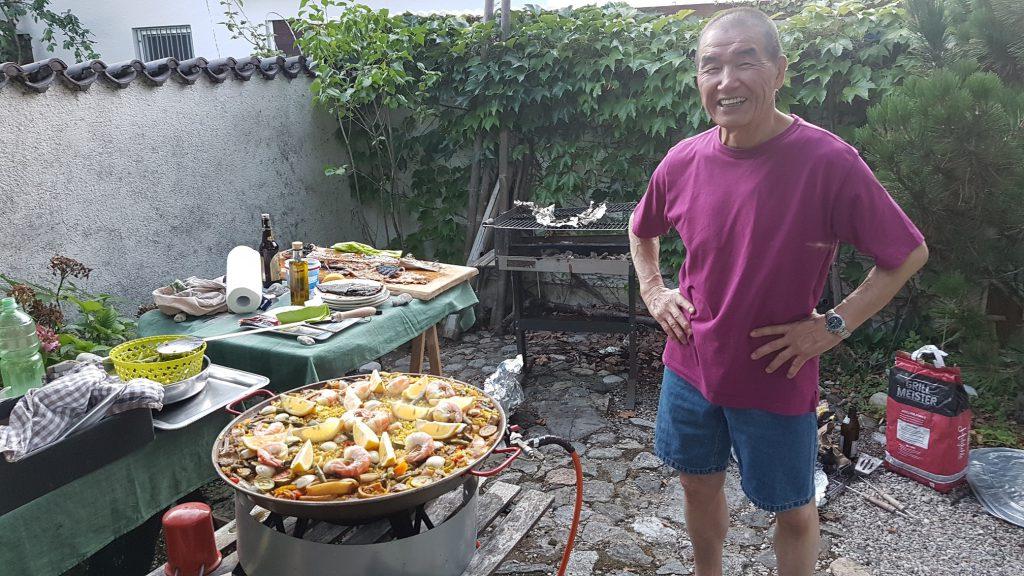 Harunobu Matsuba lädt zum Grillen ein